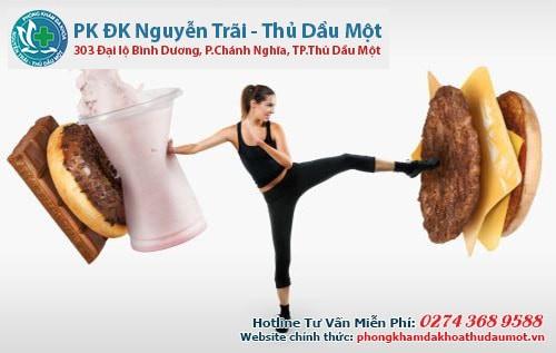 Chế độ dinh dưỡng ít chất béo sẽ tốt hơn cho sức khỏe của người bị apxe hậu môn