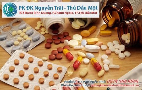 Sử dụng thuốc uống là nguyên nhân gây apxe hậu môn