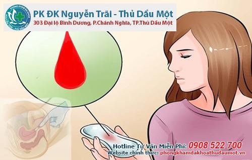 Đặt thuốc âm đạo ra máu ở Bình Dương có sao không?