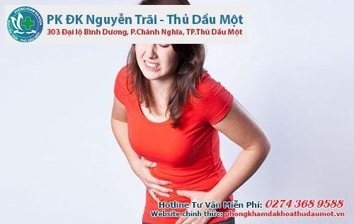 Đau bụng và càng đau khi quan hệ có thể là biểu hiện của bệnh