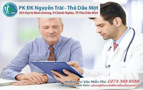 Nứt hậu môn ở nam giới nên đi khám bác sĩ ngay khi có dấu hiệu nhận biết của bệnh