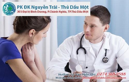 Bác sĩ tư vấn quy trình đình chỉ thai an toàn, không đau