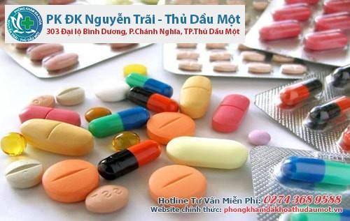Bị rò hậu môn nên uống thuốc gì?