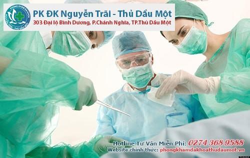 Phẫu thuật vẫn là phương pháp điều trị rò hậu môn nữ giới tối ưu hiện nay