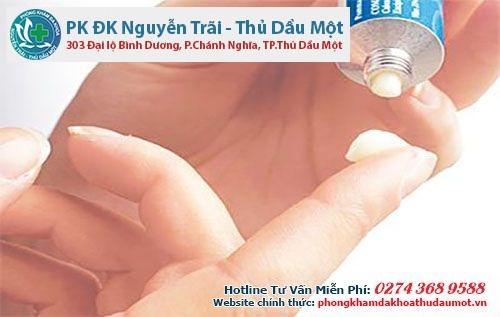 Thuốc đặc trị viêm bao quy đầu được dùng theo phác đồ của bác sĩ