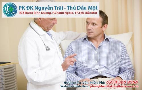 Khi có dấu hiệu bệnh nam giới nên thăm khám và điều trị kịp thời