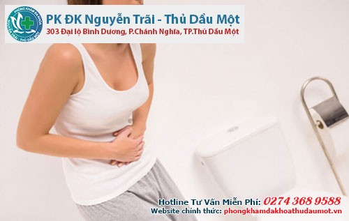 Khí hư ra nhiều kèm theo đau bụng thì bạn nên