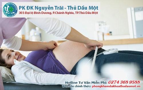Thai phụ khi bị viêm lộ tuyến nên đi thăm khám